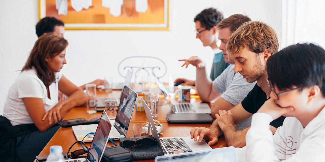 Comment être un employé modèle : que faire pour devenir un employé exceptionnel ?